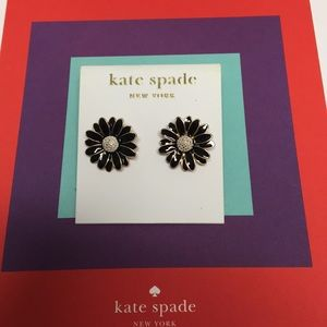🖤KATE SOADE BLACK FLOWER EARRINGS 🖤